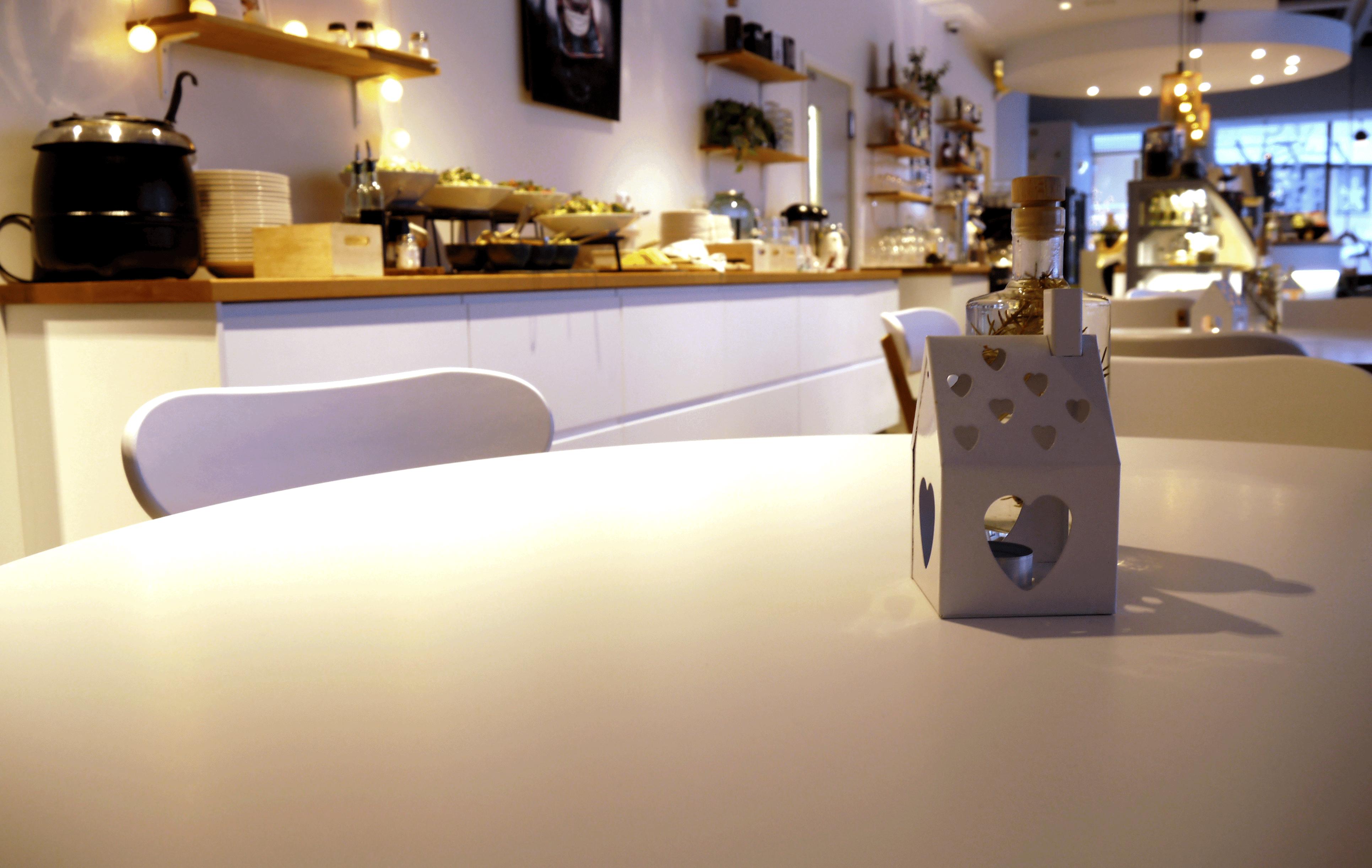 Frühstücksbuffet im Café Kot